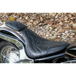 "Seat ""SINGLE FANTASY"" Yamaha XVS1100 Dragstar/V-Star 1100 Custom"